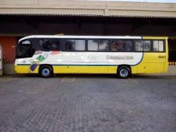 Ônibus Rodoviário motor dianteiro Comil campione