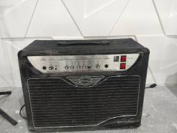 Caixa de guitarra valvulada 30 watts