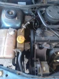 Vendo pra tirar peças ou andar andando normal motor ap1.8 etanol