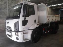 Caminhão Basculante, Ford Cargo, 1317 Toco