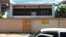 MR/ Ótima casa com 5 quartos em Rio Doce