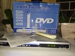 DVD Britânia cor prata modelo D3000