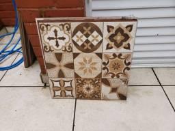 Piso ceramica 49,5 x 49,5