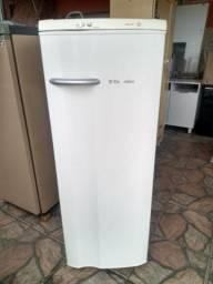 Geladeira Electrolux 300 litros - Entrego no dia!