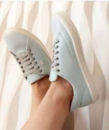 Tênis Azul Pastel