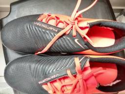 Chuteira Futsal Nike Phantom (Tamanho 38)