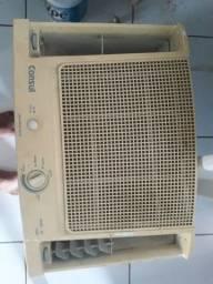 Vendo 2 ar condicionado funcionando, os dois por 120 reais ou 80 reais cada