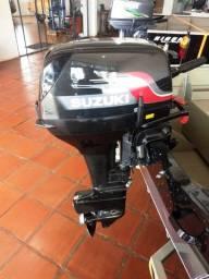 Motor de Popa marca Suzuki - 15 HP -