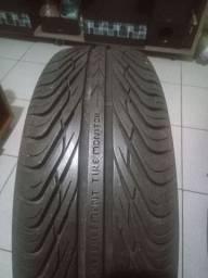 1 pneu para automóveis.