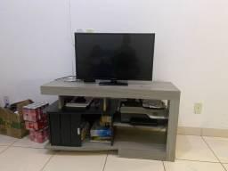 Rack de tv semi novo