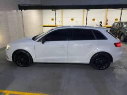 Audi A3 SportBack 1.4 Hatch 2015 com apenas 47 mil KM