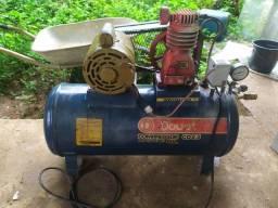 Compressor de ar Douat