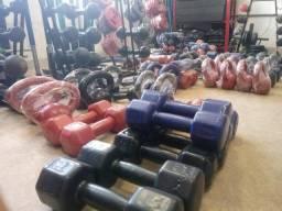 Equipamento para academias e treino individual