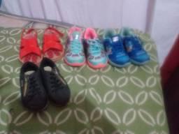 Tênis infantil  2 tênis uma sandália de menina e um sapatenis de menino