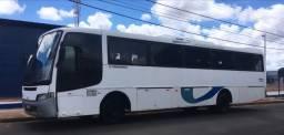 Ônibus  motor dianteiro troco por van