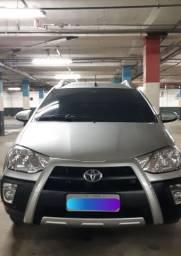 Toyota Etios Cross 17/18 automático