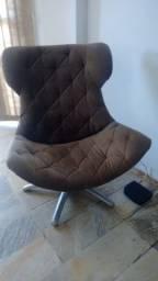 Poltrona elegante e confortável