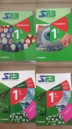 Livros 1º ano ensino-medio IESB
