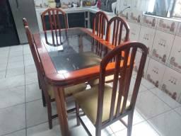 Mesa d vidro com 6 cadeiras