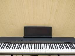 PIANO DIGITAL PRÍVIA PX 160 NOVÍSSIMO E COMPLETO Aceito troca por s 670