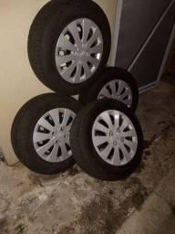 Jogos de roda aro 14 com pneus Pirelli