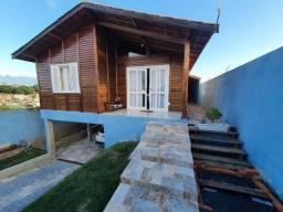 Linda casa de madeira 3 quartos, vale a pena conferir