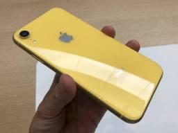 iPhone XR de 64GB amrelo