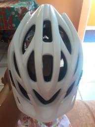 Capacete para modalidade de ciclismo