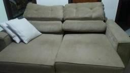 Sofa retratil icliinavel tres lugares comprado na lashoping em sued beje 750.00
