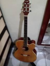 Um violão eletrico