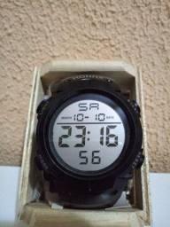 Relógio de Pulso Digital Esportivo/Militar