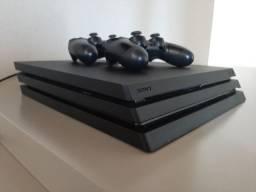 Playstation 4 pro: vem com 15 jogos e 2 controles