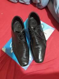 Sapato Social de Couro Legítimo 43