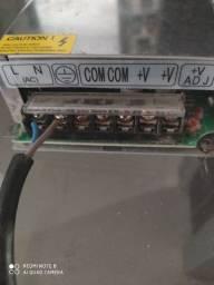 Fonte chaveada de 24 amperes nunca foi aberta