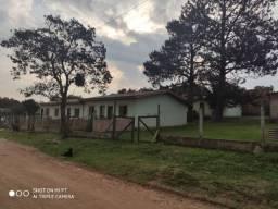 Terreno com 10 casas Alvorada