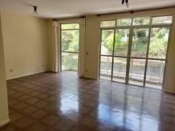 Apartamento c/3 Quartos no Quitandinha R$ 2.400,00 c/txs inclusas