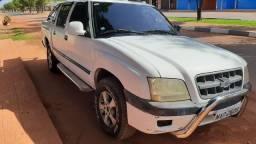 Vende-se S10 ano 2004 a diesel em dias