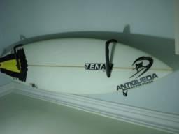 Prancha de surf semi nova 6.8