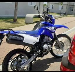 Lander Yamaha 250