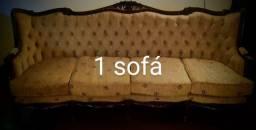 Conjunto de sofás estilo colonial