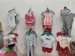 Lote de roupa infantil