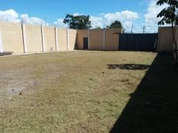 Terreno murado 525 m2 com obra em Macaé