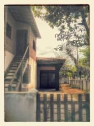 Casa com cobertura de frente pro mar em Maroba