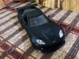 Miniatura Corvette 2010 C6-r Rmz City 1/32 (12,5 cm)