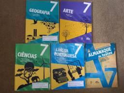 Alguns livros do 7ano Escola Adventista