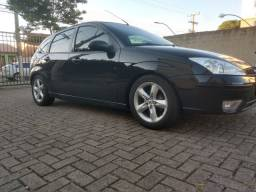 Ford Focus Hatch 1.6 8V Zetec
