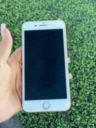 iPhone 8 Plus ( poucas marcas de uso )