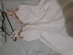 Vestido branco rendado, veste M, G