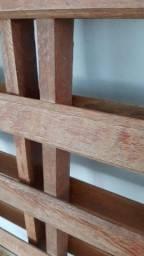 Cama de casal de madeira pura peça única