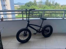 Bicicleta Aro 20 Fat Bike Alumínio F. Disco Urbana Preta